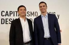 El economista Thomas Piketty y Pedro Sánchez