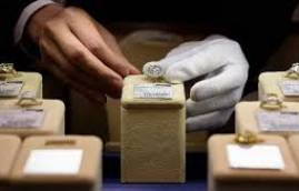 Los jóvenes ya no regalan diamantes