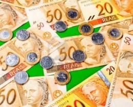 Billetes y monedas brasileñas