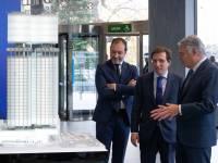 Dcha a izqd, Ignacio Garralda, José Luis Martinez-Almeida y Mariano Fuentes.
