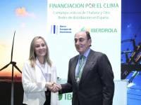 Enma Navarro (BEI) e Ignacio Galán.