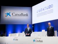 Gortázar y Gual, en la junta general de CaixaBank.
